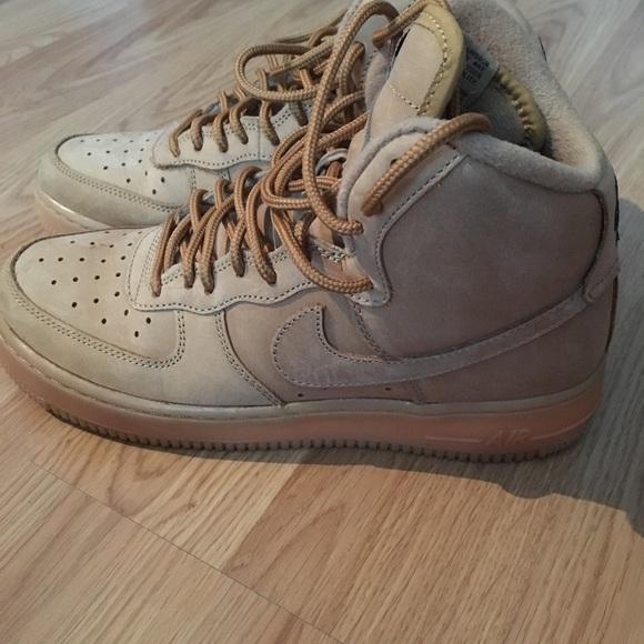 f65ffabcd7c Nike Air Force one high top in wheat color. M 5b48c1441e2d2d84c990ec6e